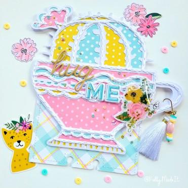 Card 8 Hug Me